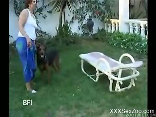 Two Latina hotties enjoying fucking with a horny dog